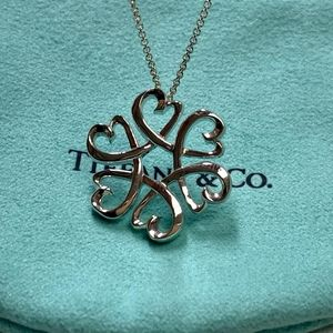NWOT Tiffany & Co Hearts 💕 Necklace